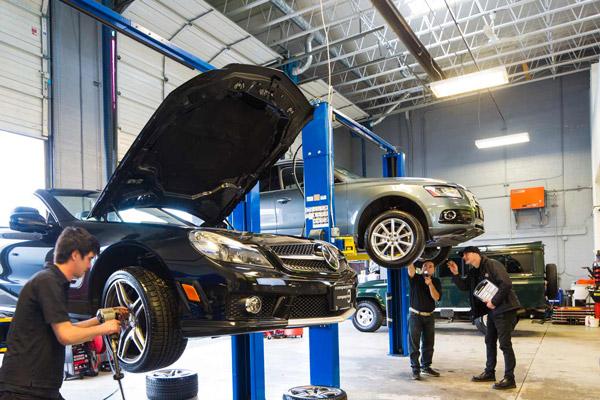 Service at Company of Cars